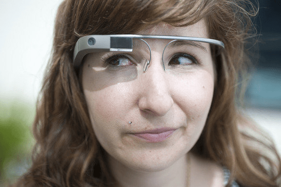 Apple AR glasses on your face - Apple's AR glasses with more clarity